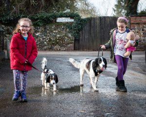Jaká psí plemena jsou ideální k dětem?